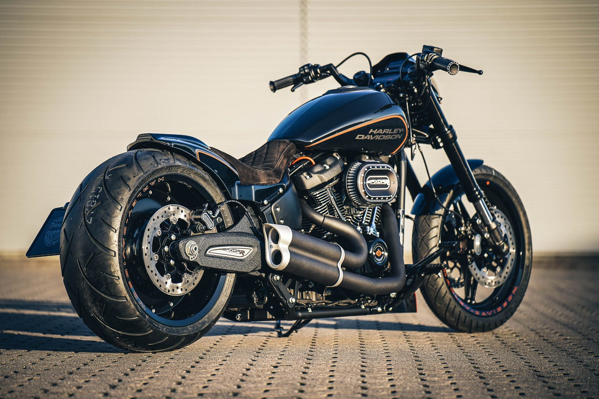 Spiegel Oval Thunderbike Destruction • First H-d Fxdr 114 Custombike Project