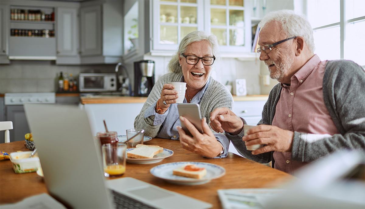 Senior Tech Apps For Seniors Kick Back And Plug In To Technology Ticker Tape