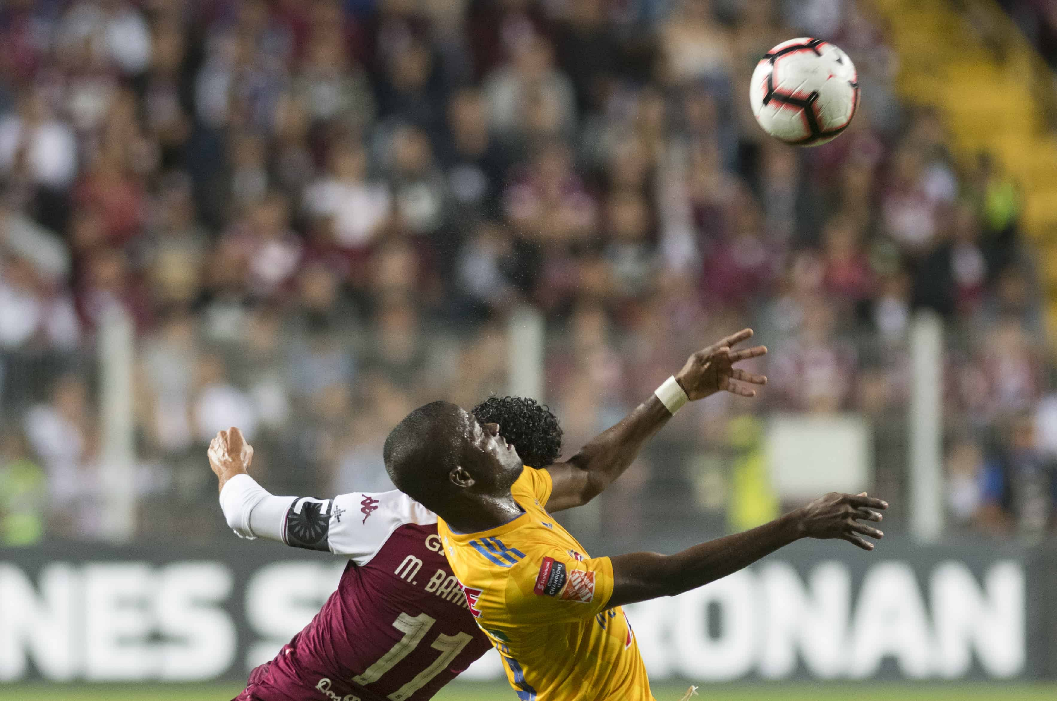 Tigres Saprissa Defeats Mexico S Tigres Uanl Behind Venegas Goal The
