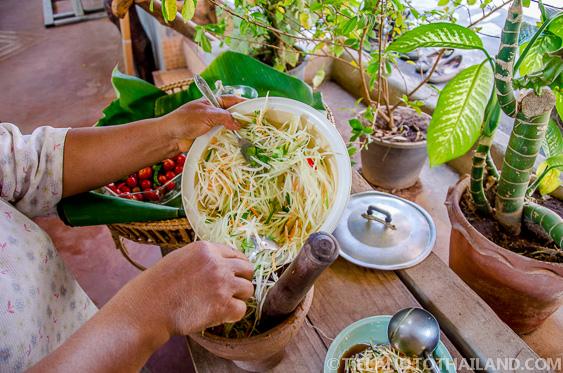 Som Tum Thai snack