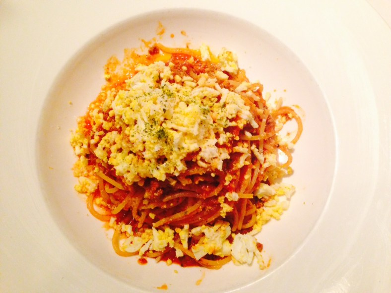 Spaghetti with mushrooms and truffle, meat sauce/ 松露蘑菇肉醬義大利麵
