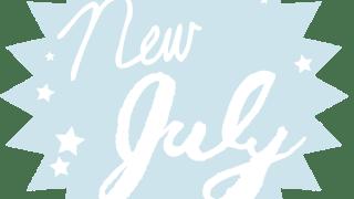 new July (7月)の手書き文字と星のパンク型のラベル素材(ペールブルー):600×600pix