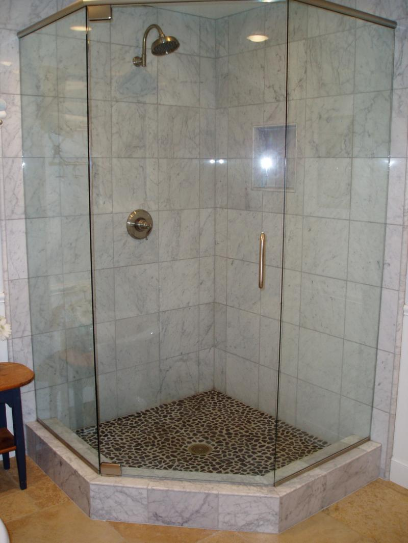33 Cool Pictures Of Tiled Showers With Glass Doors Design 2020
