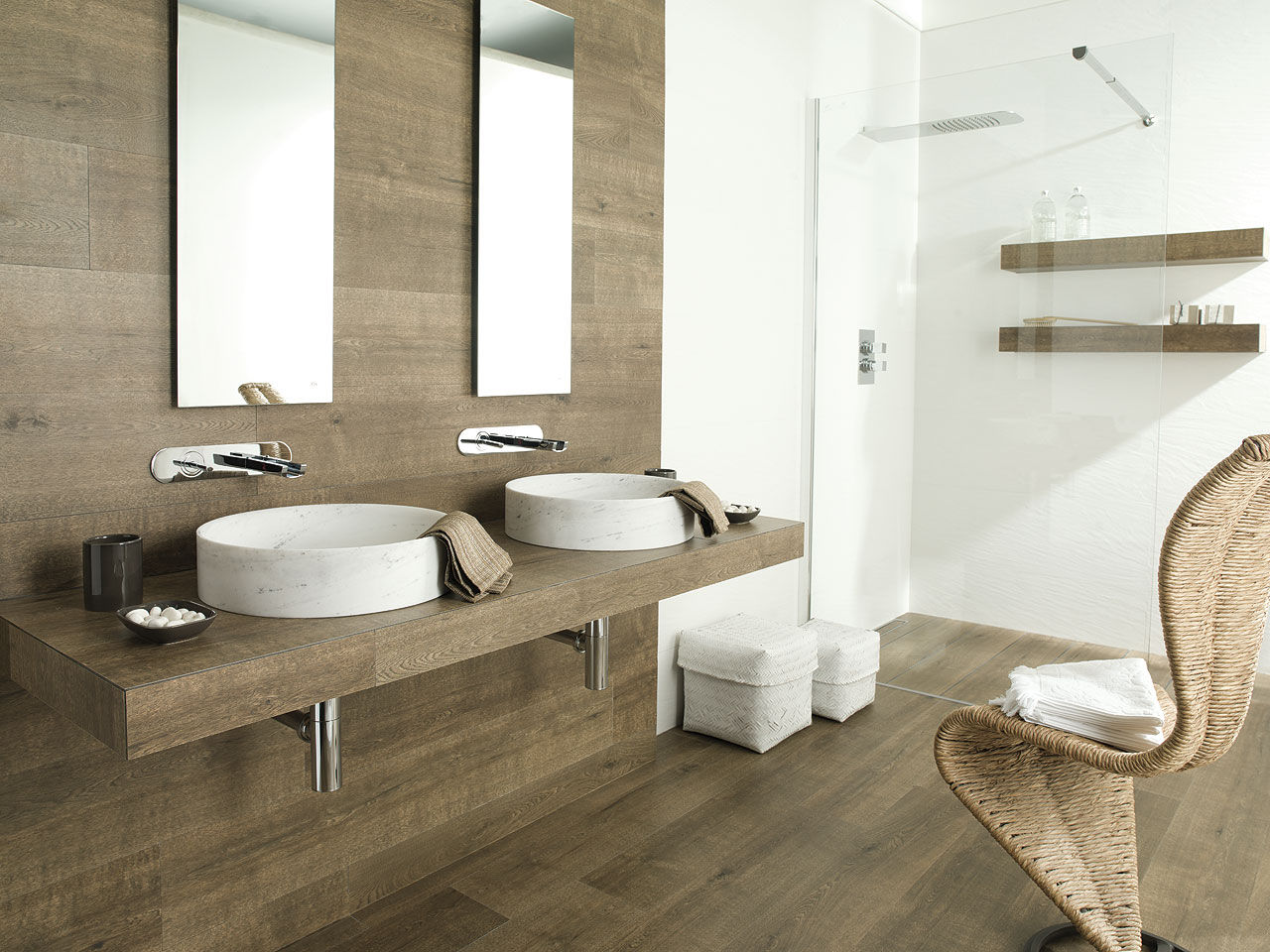 Badkamer Tegel Beige 27 Ideas And Pictures Of Wood Or Tile Baseboard In Bathroom