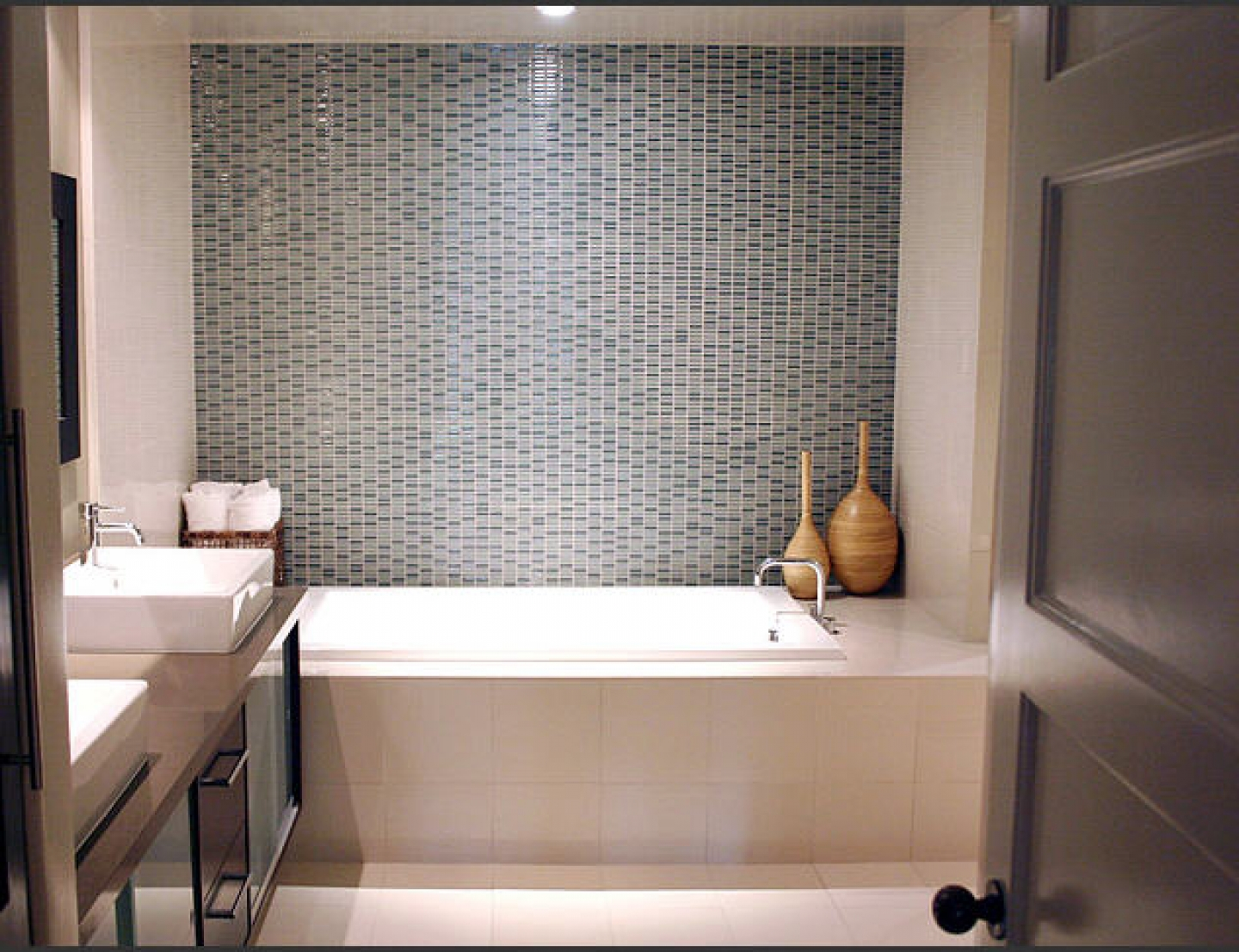 Contemporary Small Bathroom Design 30 Magnificent Ideas And Pictures Of 1950s Bathroom Tiles
