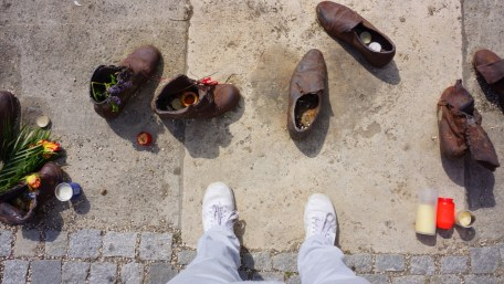 Shoes on the Danube - a Holocaust Memorial