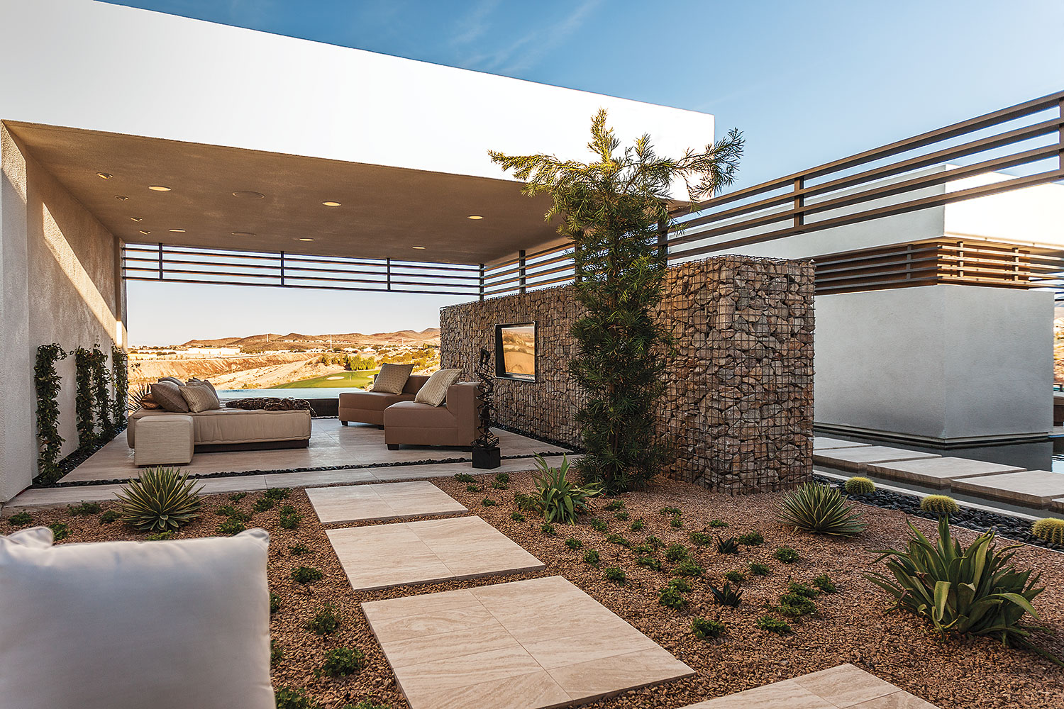 Construction Terrasse Bois Sur Pilotis The Indoor-outdoor Relationship: A New American Home Specialty