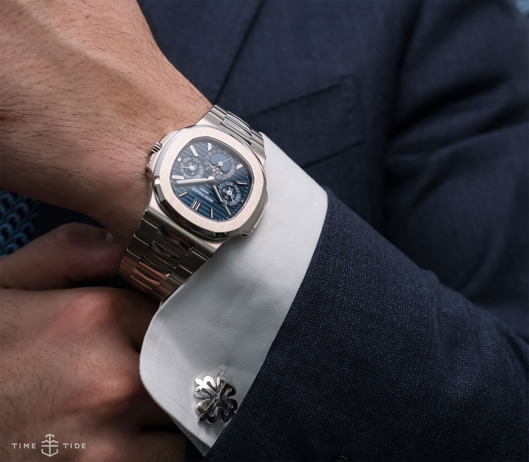 P Philippe Watch Hands On The Patek Philippe Nautilus Ref 5740 The Nautilus We