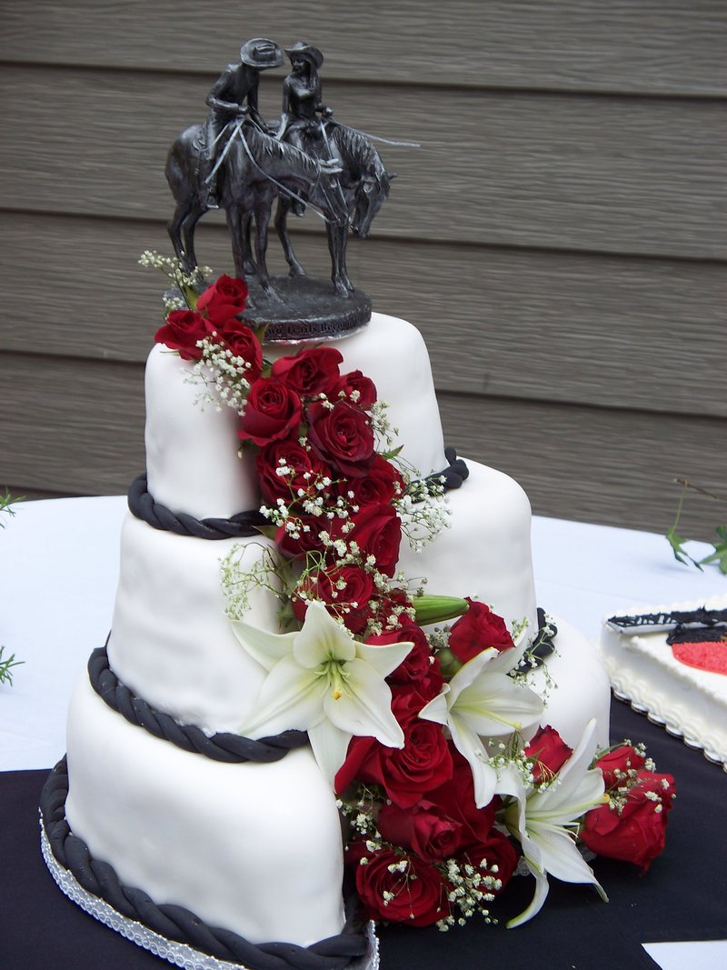 country western wedding western wedding ideas Country Western Wedding Cakes 11