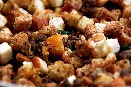 Stuffing_for_mushrooms,_Thanksgiving_Day_2007