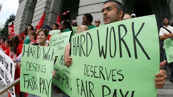 Low-Wage Workers Plan Tax Day Rallies for Pay Raises - Times of San