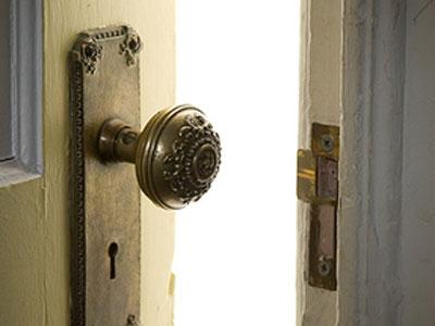 door-closing