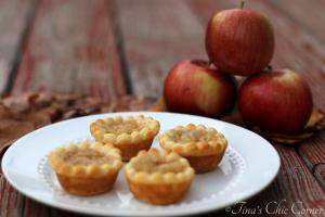 08Tiny Apple Pies