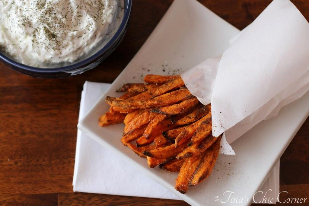 Crispy Baked Onion Rings With Chipotle Ranch Dip – Tina's ...