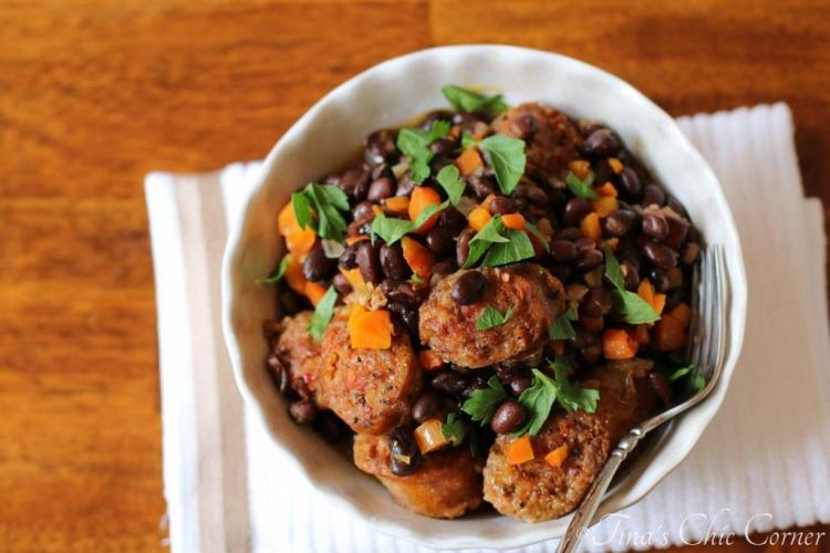 10One Pot Black Beans and Sausage