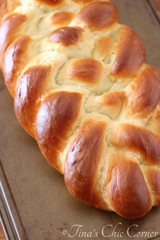 Challah Bread02