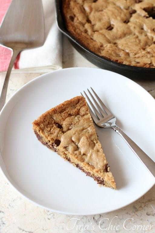 Chocolate Chip Skillet Cookie04