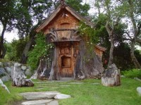 Steve Blanchard's Chainsaw Tiny Houses - Tiny House Blog