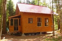 Small Cabin in the Woods: Living The Simple Life Off the Grid