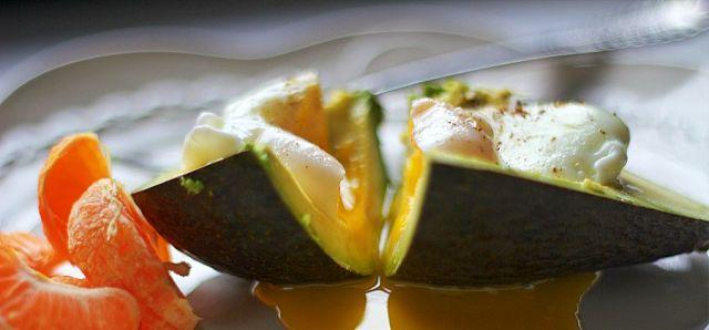 Egg in Avocado Final