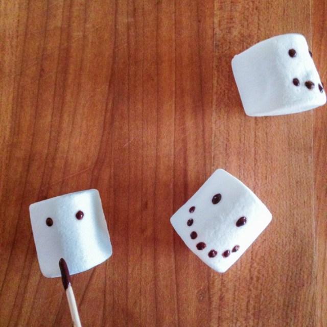 snowmencupcakes-1-2a
