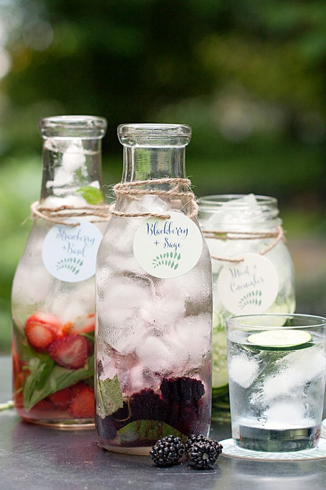 Blackberry-and-Sage-Detox-Water-54health
