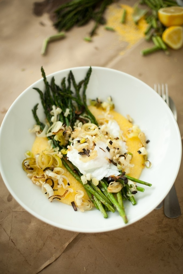 Egg, Grits, Asparagus