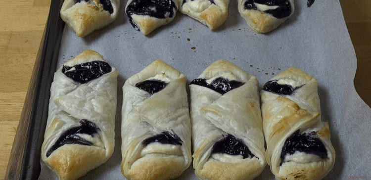 Blueberry Pastries