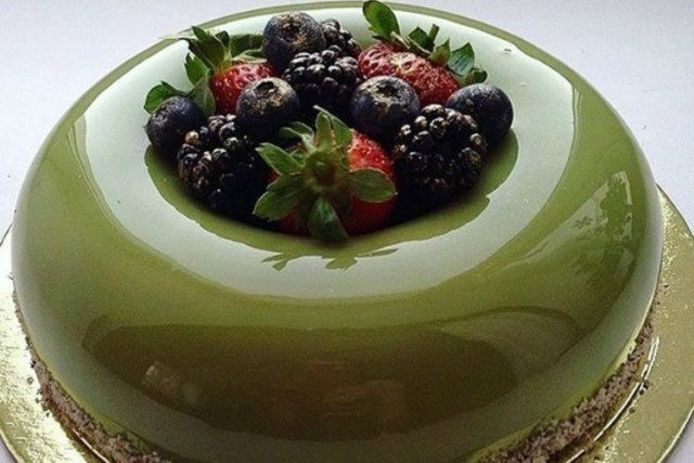 GreenBerriesImpressiveCakesList