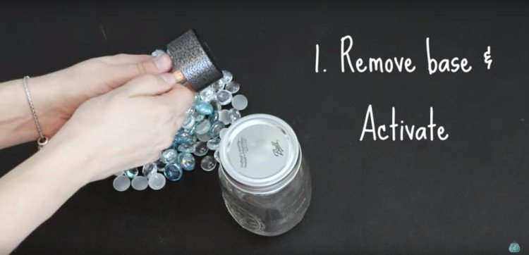 Remove the base of your lantern to make your own mason jar lantern