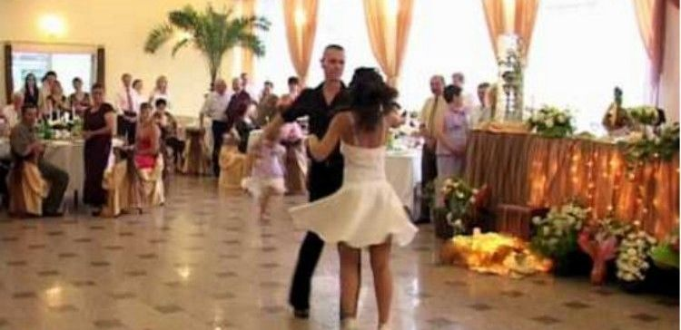 Dirty Dancing Couple dancing at their wedding