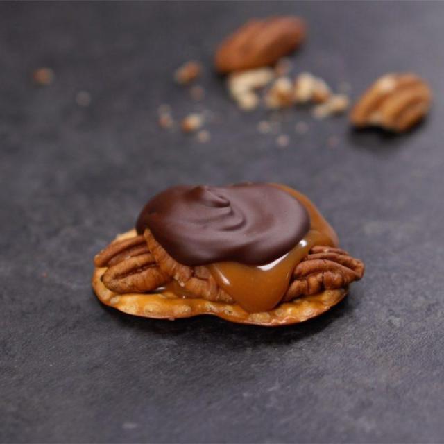 Chocolate Caramel Turtle Candy