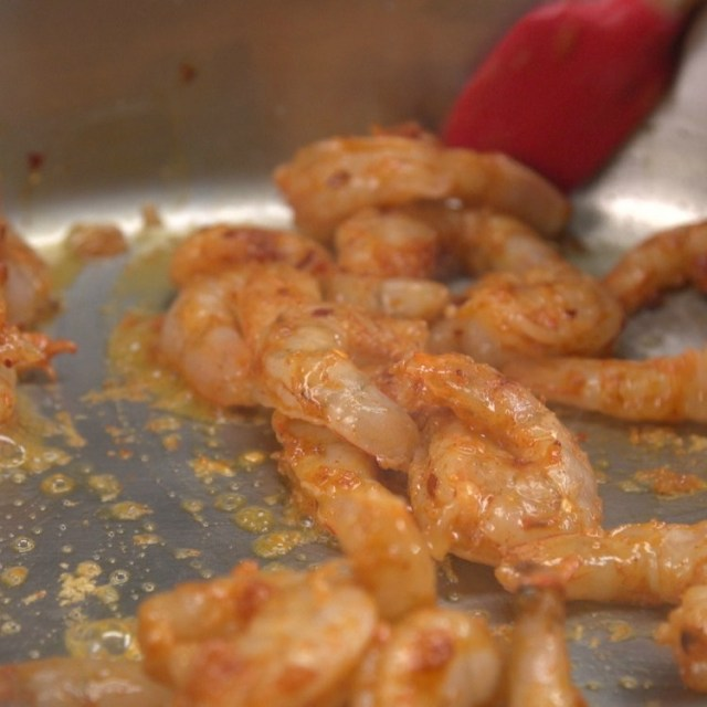 Cooking shrimp for tomato and spinach pasta