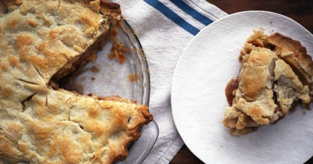 How to get a super flaky pie crust.