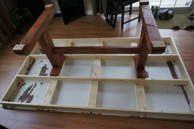 attaching legs to garage door table