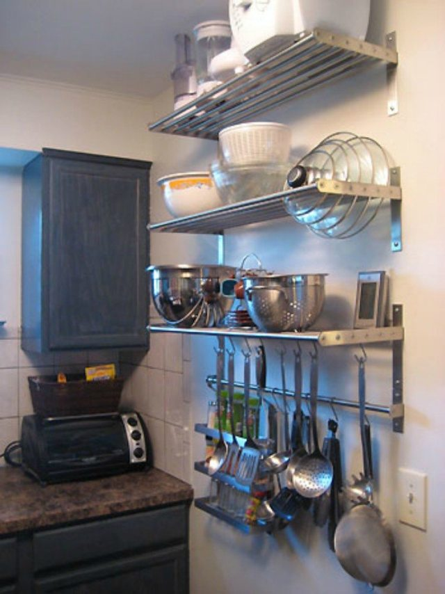 mounted kitchen shelves