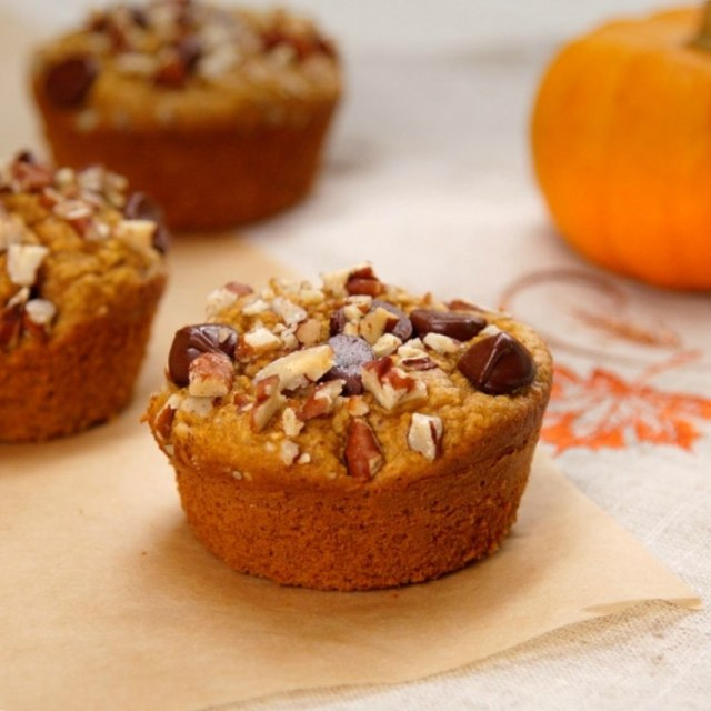 Flourless healthy pumpkin muffins