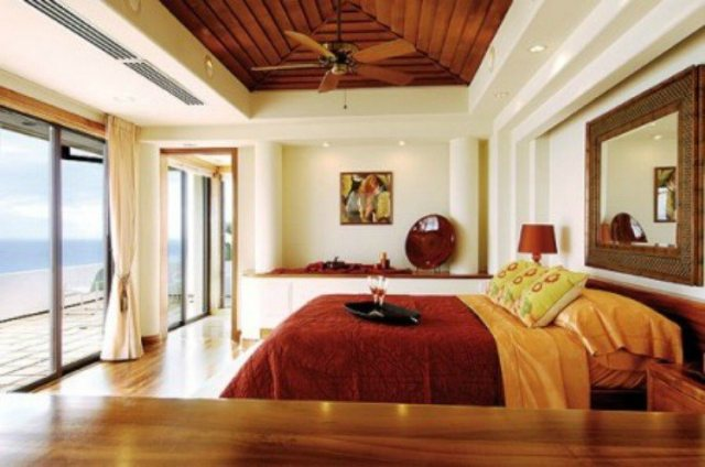 example of a seaside bedroom organized according to Feng Shui