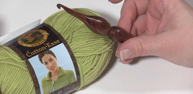 How to do a crochet a moss stitch.