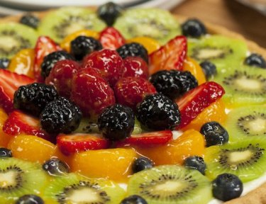 sugar cookie fruit tart featured image