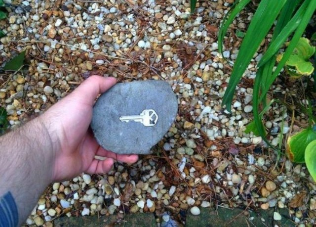 Key hidden under rock.