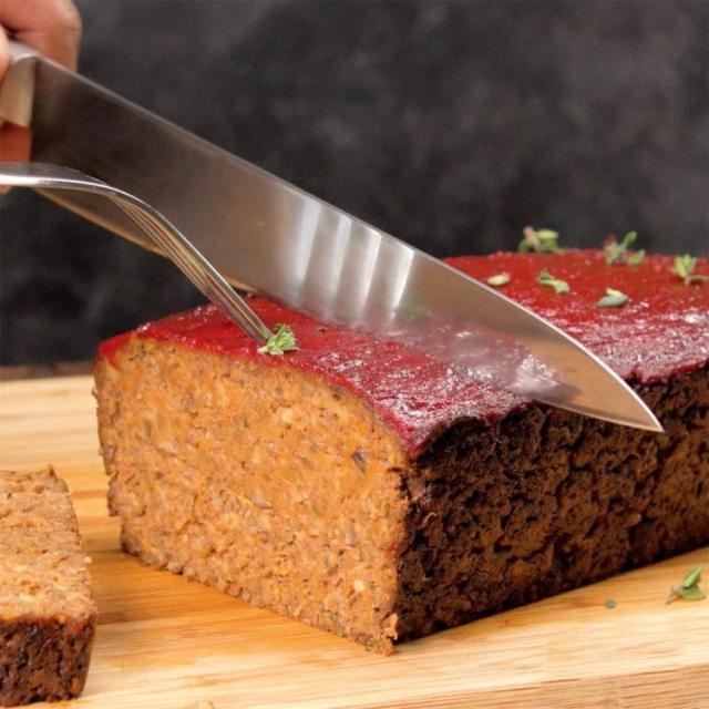 Vegetarian Mushroom Meatloaf slicing