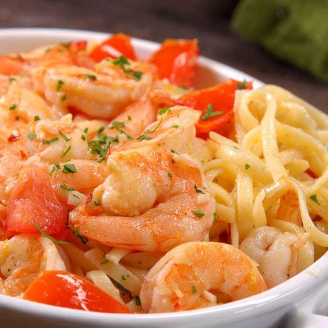 shrimp scampi close-up