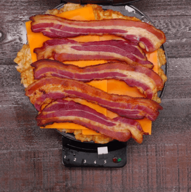 Tater Tot Grilled Cheese cheddar bacon