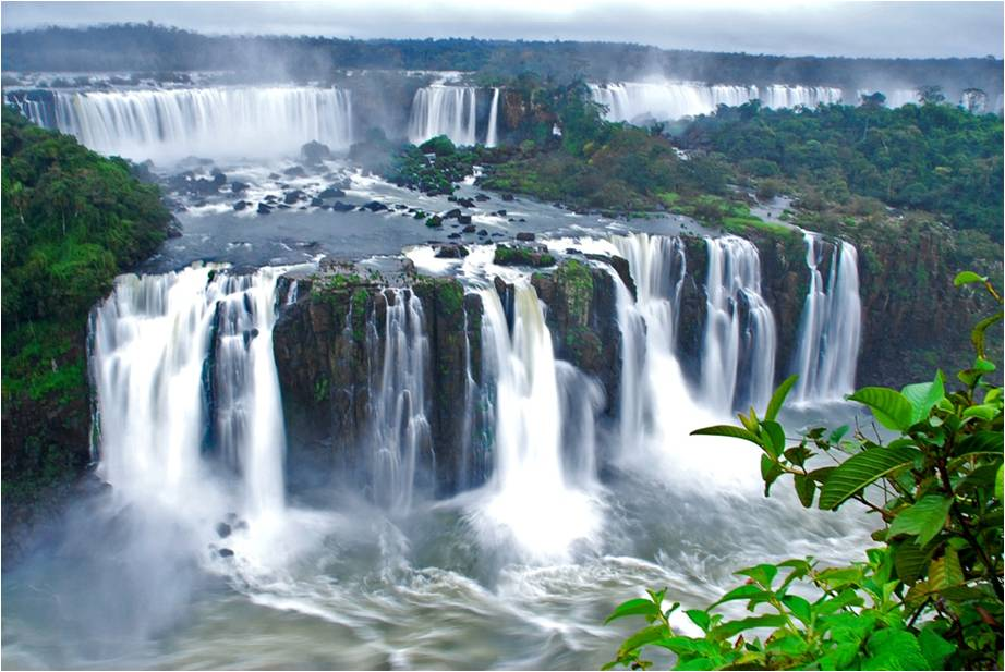 Iguazu Falls Brazil Wallpaper Entre Argentina Y Brasil Las Cataratas Del Iguaz 250