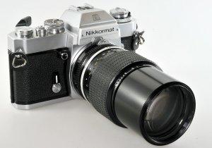 05-Nikkormat-EL-5488184-Nikkor-200mm-F4.0-677266-1974