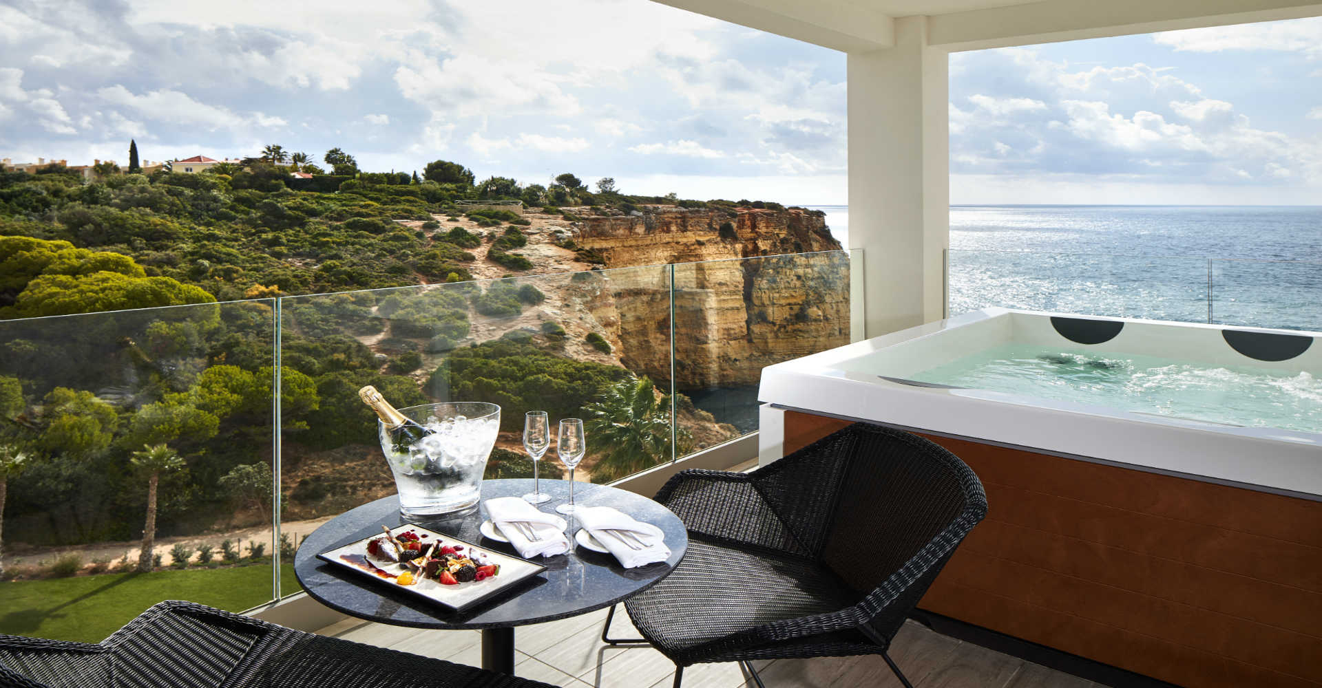 Tivoli Hotels In The Algarve Stay And Dine Tivoli Carvoeiro Algarve Resort