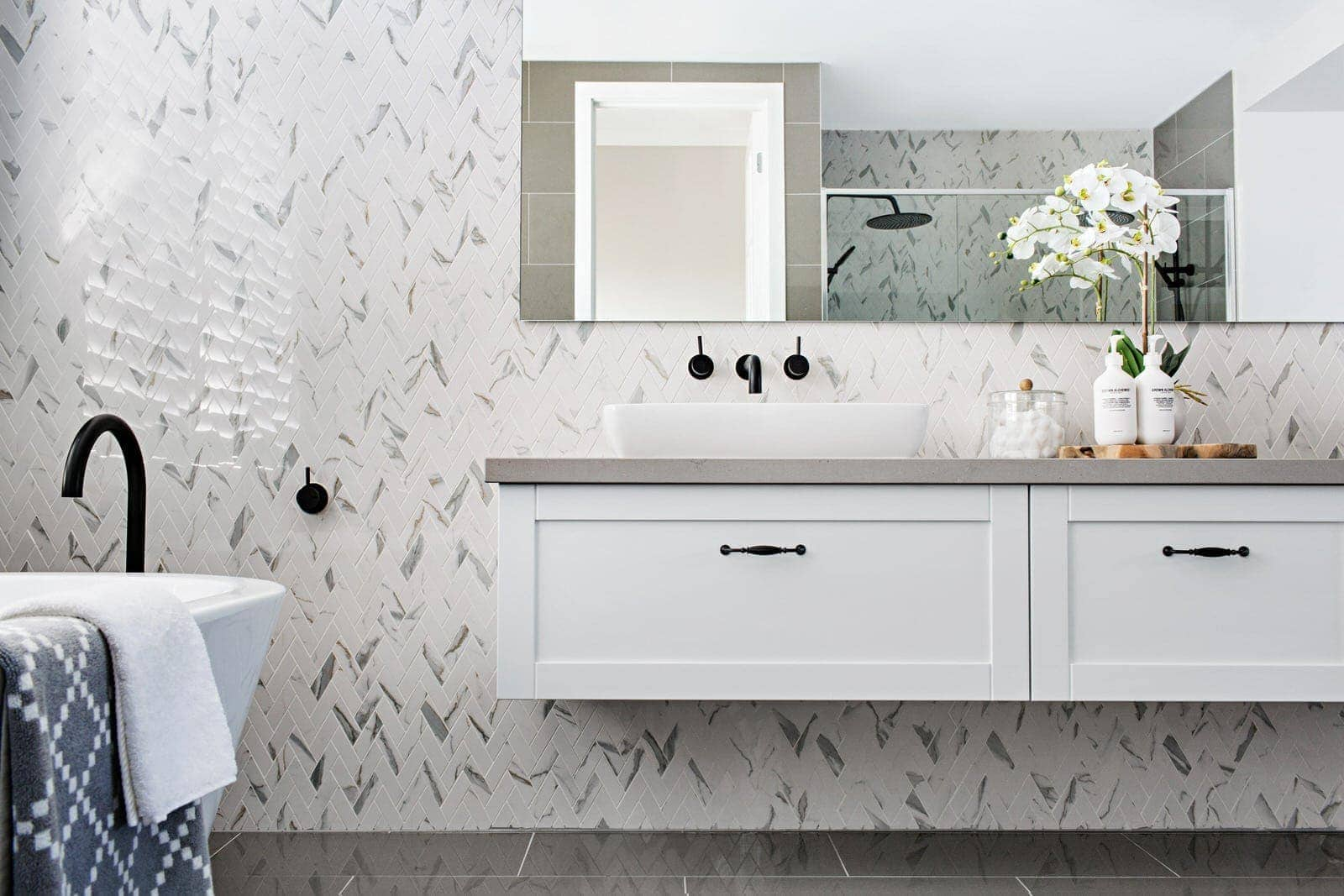 Hamptons Decor Australia Your Dream Hamptons Style Bathroom In A Few Easy Steps