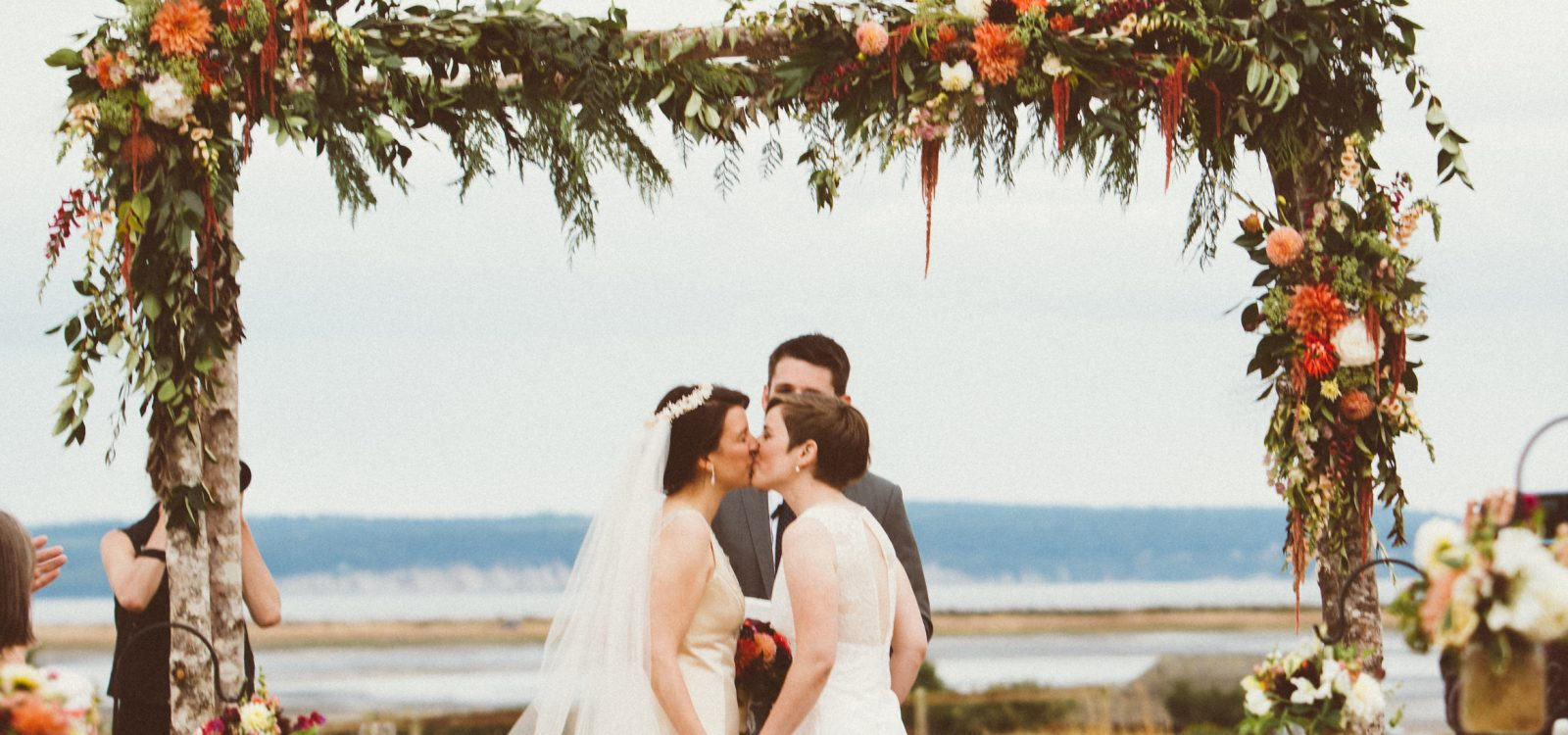 wedding arbor for rent wedding arbor Wedding Arbor For Rent