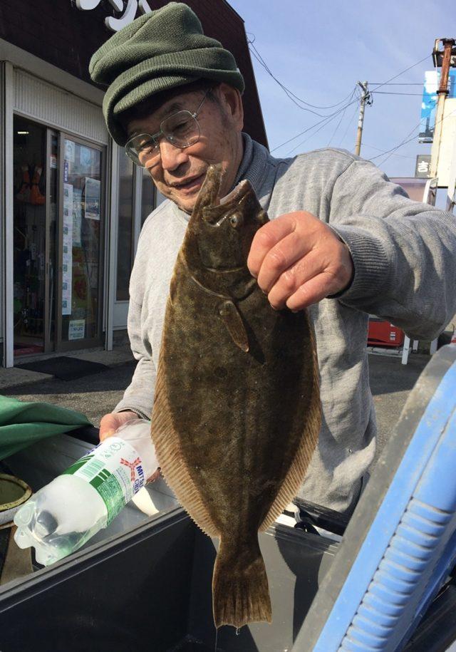 11/18 船川港 50クラスのヒラメ
